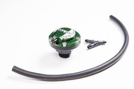 Radium Engineering - Radium Engineering FPD-R Direct Mount 8AN ORB Fuel Pulse Damper Kit